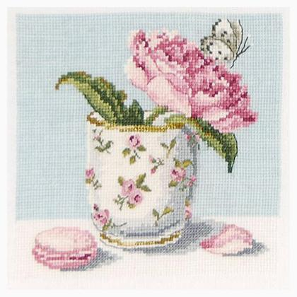 flowers and nature peony and macaron from dmc home d co cross stitch kits kits casa cenina. Black Bedroom Furniture Sets. Home Design Ideas