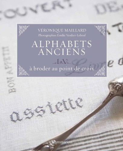 Alphabets anciens L.V à broder au point de croix From Flammarion - Books and Magazines - Books ...