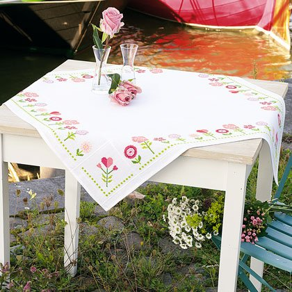 Superbe Pink Flowers Tablecloth (80 X 80)