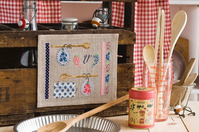 Douceurs & gourmandises au point de croix From Cesar Editions - Books and Magazines - Books and ...